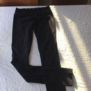 Lululemon Skinny Groove pant, size 4
